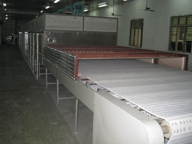 乳胶枕头微波干燥设备