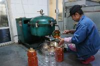 笨榨老豆油生产过程