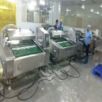 厂家直销鸡翅中滚动式食品真空包装机供应商
