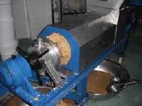 中药渣压榨脱水设备厂家—新乡强力中药渣压榨机厂家