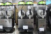 濮阳有炒酸奶机  炒酸奶机原料供应  批发市场