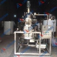2017电加热反应釜 高压不锈钢反应釜