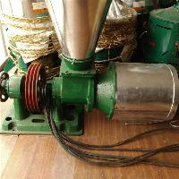 立式小麦磨面机 砂轮式磨粉机价格