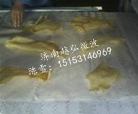 微波食品膨化设备又叫膨化食品机器济南越弘知名厂家