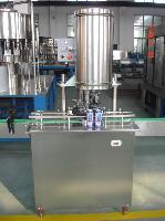 易拉罐含气饮料灌装机 易拉罐啤酒灌装生产线 封罐机