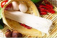 口感筋道 优质蛋黄粉 挂面亮黄 面条 食品配料 食品添加剂