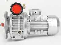 输送带MB04-0.37KW-B5 手轮或电动调速 欢迎选购