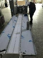 汽车零件包装机  FDK-350X下走膜枕式包装机